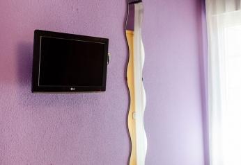 ESPEJO-Y-TV