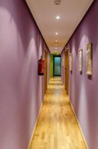 imagen pasillo hostal las abadias 1 1 199x300 - Zonas comunes
