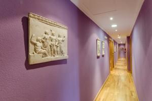 imagen-pasillo-hostal-las-abadias
