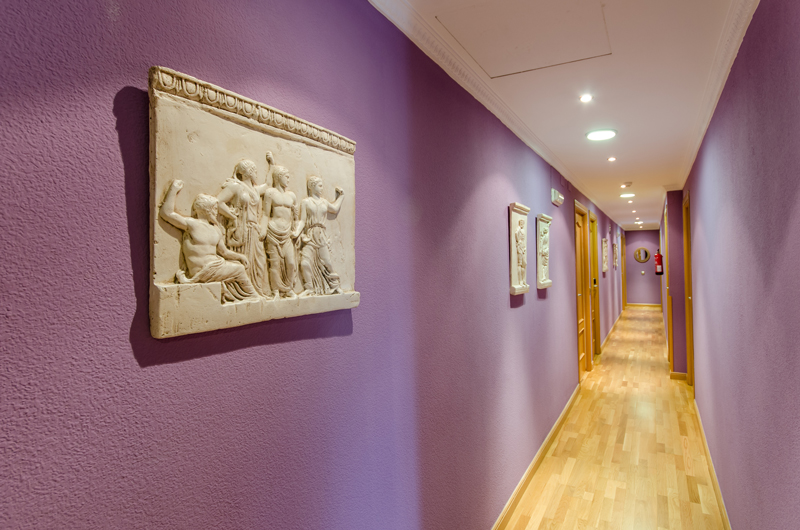 imagen pasillo hostal las abadias 3 - Zonas comunes