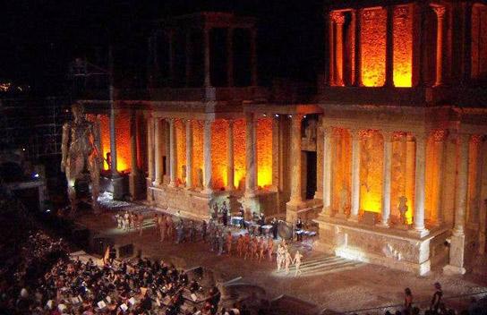 teatro romano 2 1 - Teatro Romano